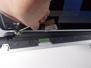 راهنمای گام به گام تعویض صفحه نمایش HP 15-f033wm